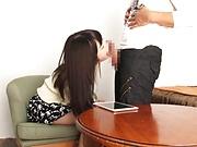 Yuuki Mayu ,gives a raunchy blowjob