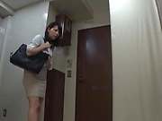Saitou Miyu knows how to handle huge poles