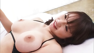 Hot chick Rena Momozono in action taking load