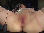 Kinky toy insertion session involving spicy Suzuya Ichigo