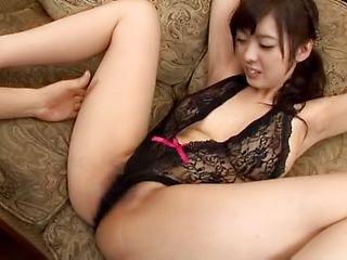 Arisa Fujii enjoying some warm cunt stimulation