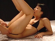 Lovely vixen flaunts her superb nice ass