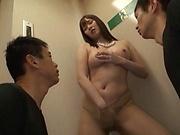 Lsutful milf bimbo enjoying a stimulating threesome