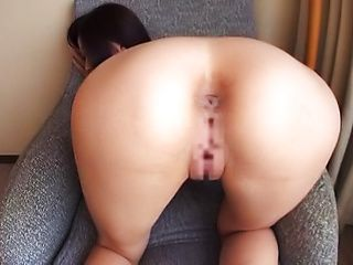 Big tits curvy Asian babe loves showing her curvy body off