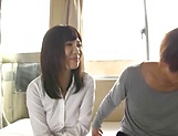 Cute hardcore beauty Mizuna Wakatsuki enjoys being fisted