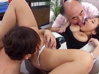 Shibuya Kaho getting screwed in a worthy threesome