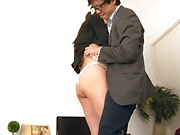 Office lady knows how to please hard dick