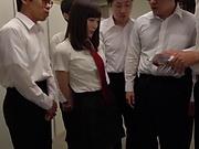 Pretty schoolgirl Suzumura Airi ready for foursome