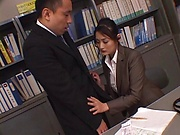 Pretty Milf Murakami Risa gets freaky with a lucky stud