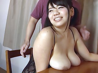 Mika Konishi pleasures a lucky hunk dude