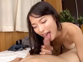 Gorgeous Ai Yuuzuki gets her pretty face filled with cum