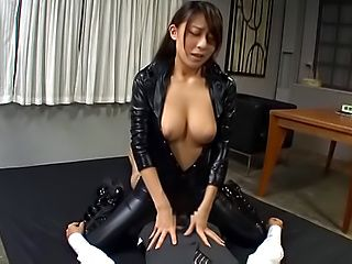 Kinky Asian hottie Ria Kashii in hot hardcore action