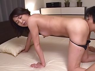 Hot Shihori Endou gets her gaping muff drilled deep